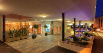 Hotel Delfino - Lugano - Bygning