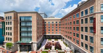 Courtyard by Marriott Richmond Downtown - Richmond - Edificio