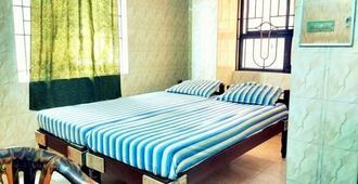 New Regency - Chennai - Bedroom