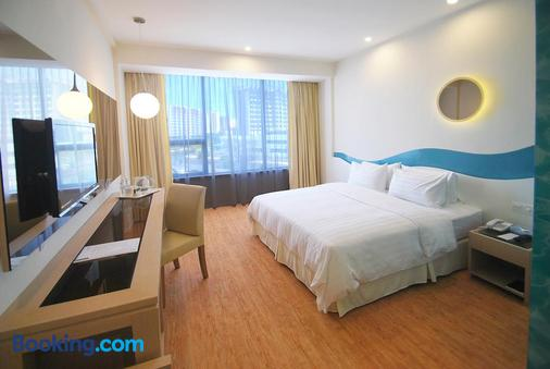 Oceania Hotel - Kota Kinabalu - Κρεβατοκάμαρα