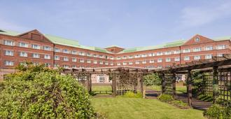 Golden Jubilee Hotel - Clydebank