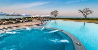 دوسيت ثاني باتايا - باتايا - حوض السباحة