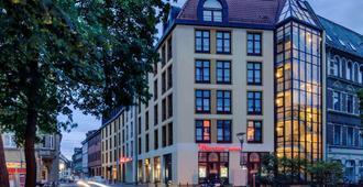 โรงแรมเมอร์เคียว แอร์ฟวร์ท อัลท์ซตัดท์ - แอร์ฟูร์ท