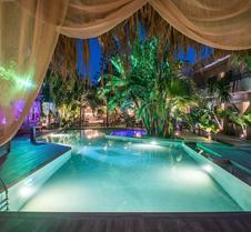 Oasis Hotel - Adults Only