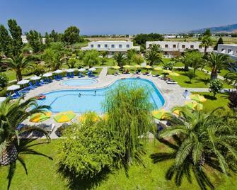 Esperia - Marmari - Pool