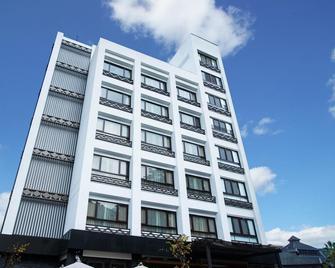 Lealea Garden Hotels - Sun Moon Lake - Sun - Yuchi - Edificio
