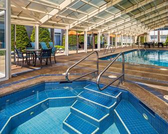 貝斯特韋斯特 + 科達倫酒店 - 多藍湖 - 科達倫 - 游泳池