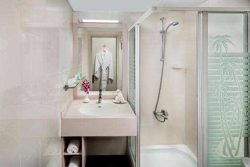 Savoy Park Hotel Apartments - Dubai - Bathroom