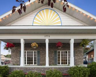 Days Inn by Wyndham Grayling - Grayling - Gebäude