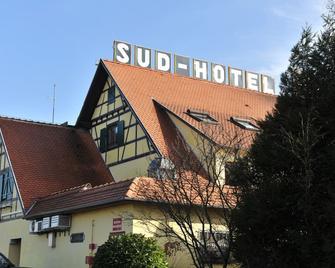 Sud Hôtel - Sand - Gebäude