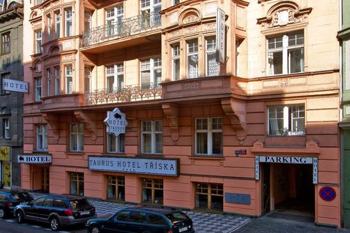 Hotel Taurus - Prague - Building
