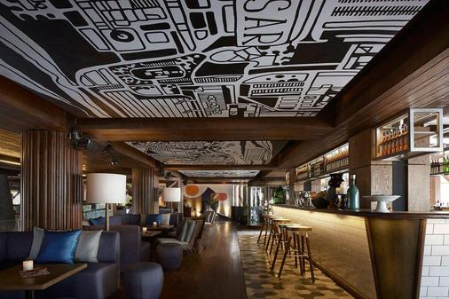 Double-Six Luxury Hotel - Kuta - Bar
