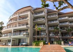 Double - Six, Luxury Hotel - Seminyak - Kuta - Building