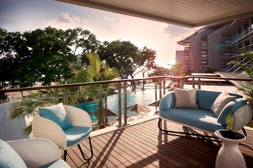Double-Six Luxury Hotel - Kuta - Balcony