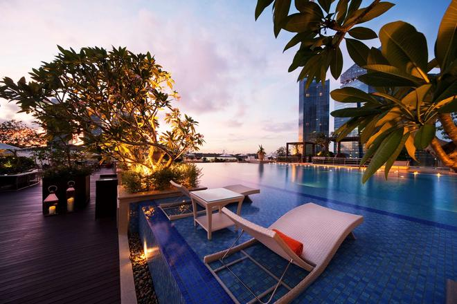 The Fullerton Bay Hotel - Singapore - Pool