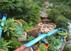 Hotel Rio Selva Resort Yungas - Coroico