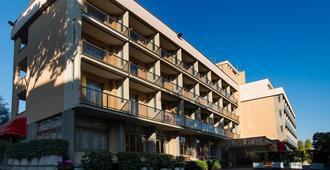 Park Hotel Blanc et Noir - Roma - Edificio