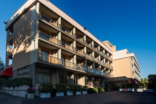 Park Hotel Blanc et Noir - Rome - Toà nhà