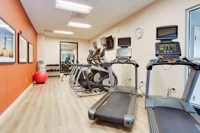 Drury Inn & Suites Greenville - Greenville - Gym