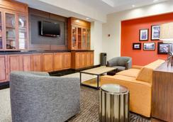 Drury Inn & Suites Greenville - Greenville - Lobby