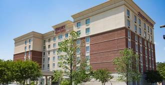 Drury Inn & Suites Greenville - גרינוויל