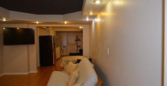 Fully Equipt Apartment - Toronto - Sala de estar