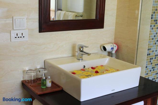 Ca Ty Mui Ne Resort - Phan Thiet - Bathroom