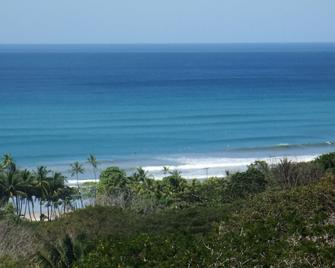 Vista Naranja Ocean View House - Malpais - Outdoor view