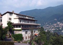 Hotel Ristorante Glavjc - Torno - Toà nhà