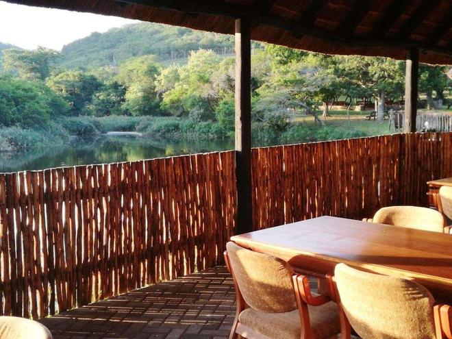 Premier Resort Mpongo Private Game Reserve - East London - Μπαλκόνι