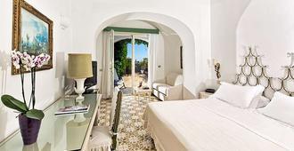 Sina Flora - Capri - Bedroom