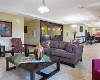 Rodeway Inn & Suites - Winnfield - Вітальня