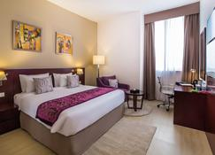 V Hotel Fujairah - Fujairah - Bedroom