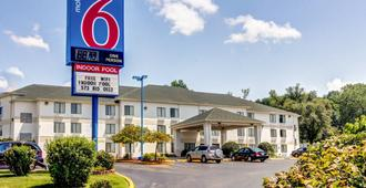 Motel 6 Columbia East - קולומביה