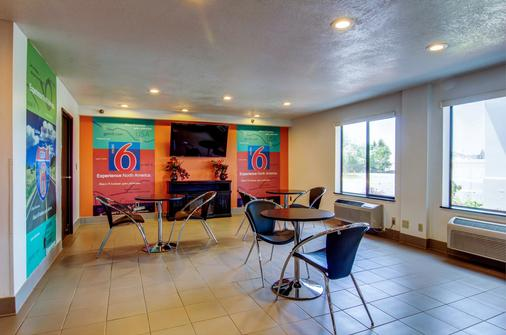 Motel 6 Columbia - East - Columbia - Dining room