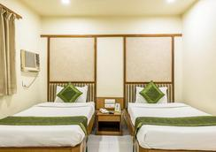 Treebo Vice President - Ahmedabad - Bedroom
