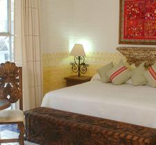 卡薩多納蘇珊娜酒店 - 巴亞爾塔港酒店