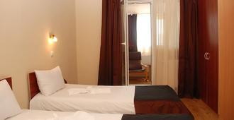 Hotel Liliacul - Cluj Napoca - Bedroom