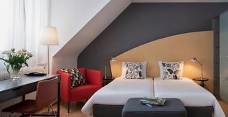 Hotel La Pergola - ברן - חדר שינה