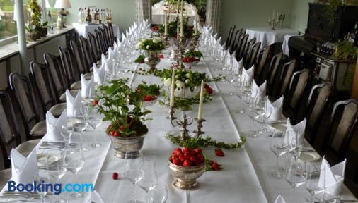 Restaurant Und Hotel Zum Weissen Ross - Mölln (Schleswig-Holstein) - Banquet hall
