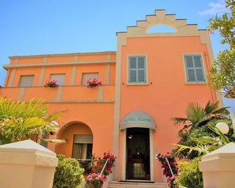 Hotel Blumen - Pesaro - Edificio
