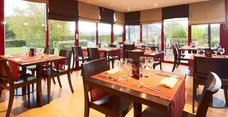 Kyriad - Deauville St Arnoult - דואו-וויל - מסעדה
