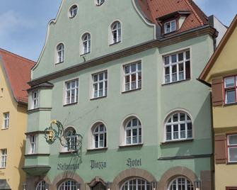Hotel-Restaurant Piazza - Dinkelsbühl - Building