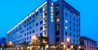Lakeshore Hotel Hualien - הואליין סיטי - בניין