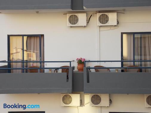 Hotel Danaos - Chania Town - Ban công