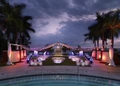 Hard Rock Hotel Vallarta - Nuevo Vallarta - Piscina