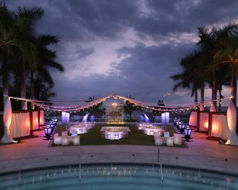 Hard Rock Hotel Vallarta - Nuevo Vallarta - Басейн