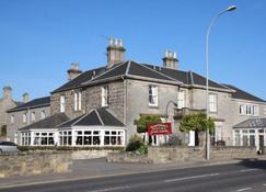 Sunninghill Hotel - Elgin - Building
