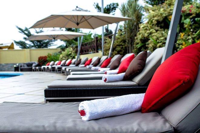 Oak Plaza Hotel, East Airport - Accra - Patio