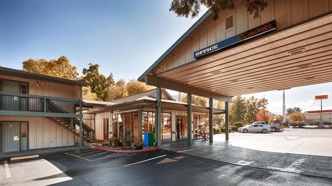 Best Western Miner's Inn - Yreka - Building